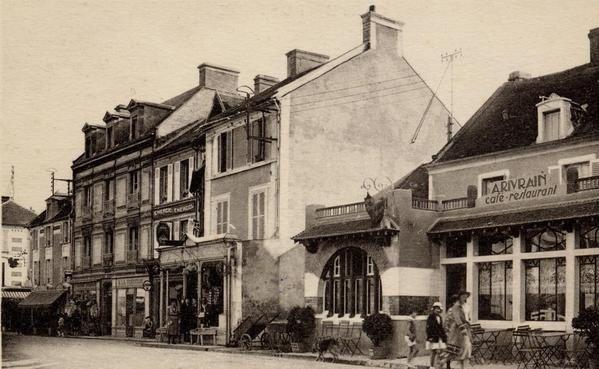 Les Rues - Les villas - Eglise - Hotels - Chalets