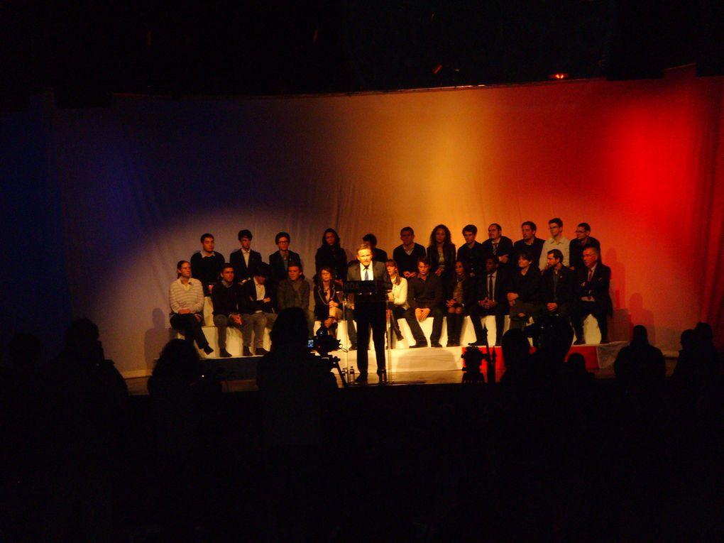 Album - 12 - Debout La République
