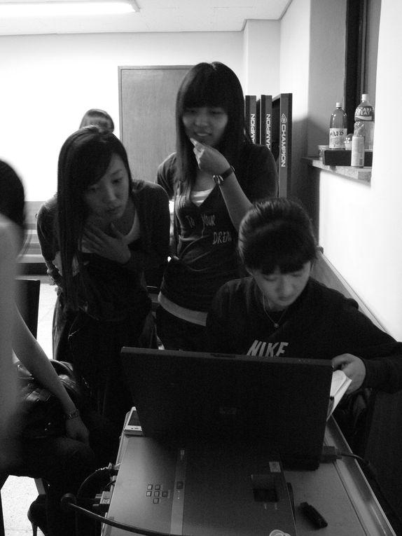 Répétitions du spectacle musical de la troupe du Vin bleu de l'Université National de Chungbuk