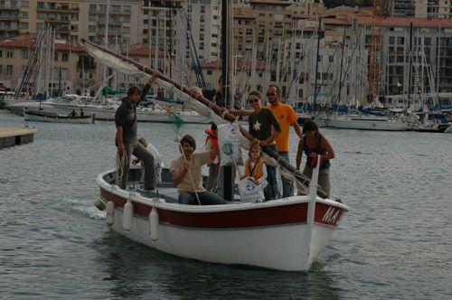 André Jean participe régulièrement aux rassemblements et régates de voiles traditionelles.