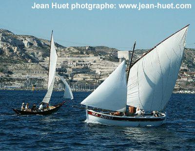 Photos prises lors de nos navigations avec l'André Jean sous voile latine .