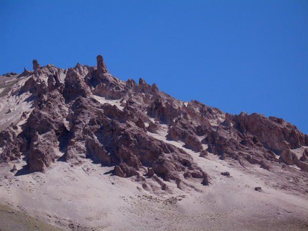 Photos prises en hiver et en été, aux alentours de la frontière argentino-chilienne