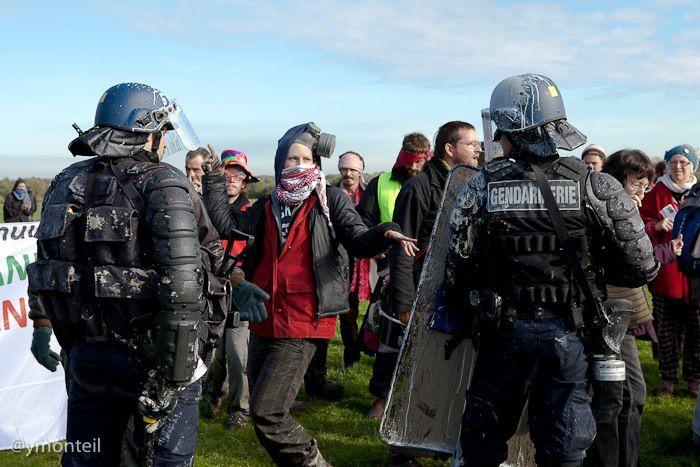 Photos prises depuis fin octobre 2012 dans le cadre du mouvement d'opposition au projet d'aéroport AGO