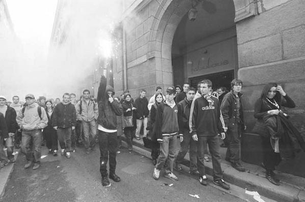Voici des images de manifestations anti-CPE &agrave&#x3B; Saint-Etienne en 2006.