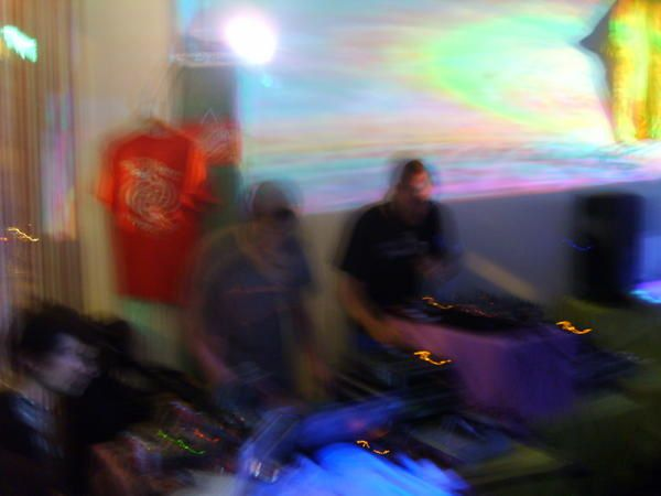 <p>Showcase Sonic Motion Records du 23 juin 2007</p>