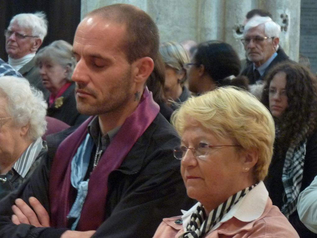 Messe à la Cathédrale saint Gatien de Tours, déjeuner partégé au collège saint Grégoire et conférence du père Chridtophe Raimbault
