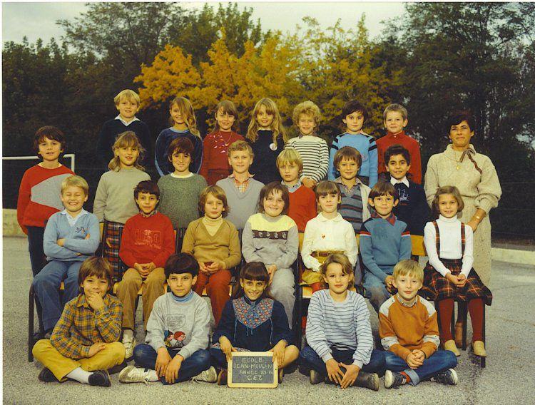 Des photos d'école de Trans des années 1910 aux années 1985.