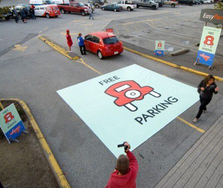 all the best advertising print, guerilla marketing and ambient media campaign