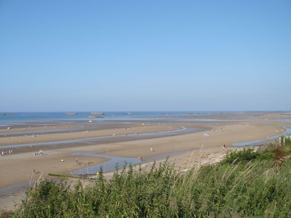Promenades en Normandie, sur le littoral et dans les terres. Cette patrie de Guillaume le Conquérant est riche d'histoire, de monuments, de sites à voir et à revoir. Cet album n'en est qu'un pâle reflet