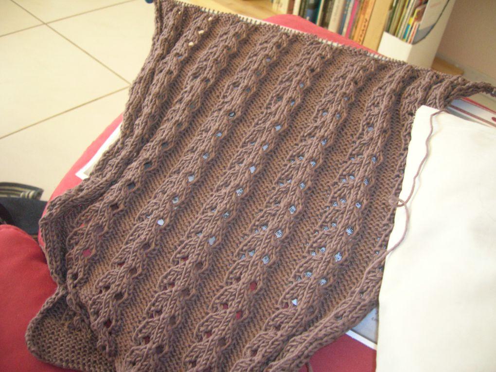 voici quelques unes de mes ouvrages au tricot, en photo