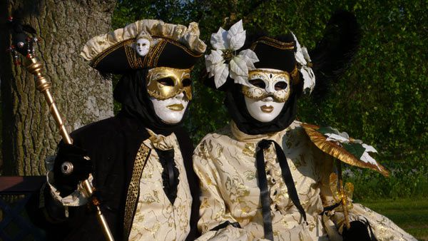 Photos prises lors du Carnaval vénitien de Verdun - Edition 2009. Certaines des photos ont été prises au château des Monthairons.