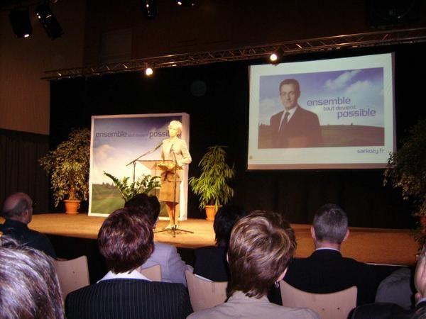 Quelques photos du meeting de Christine Lagarde (ministre d&eacute&#x3B;l&eacute&#x3B;gu&eacute&#x3B;e au commerce exterieur) &agrave&#x3B; la Commanderie de Dole.