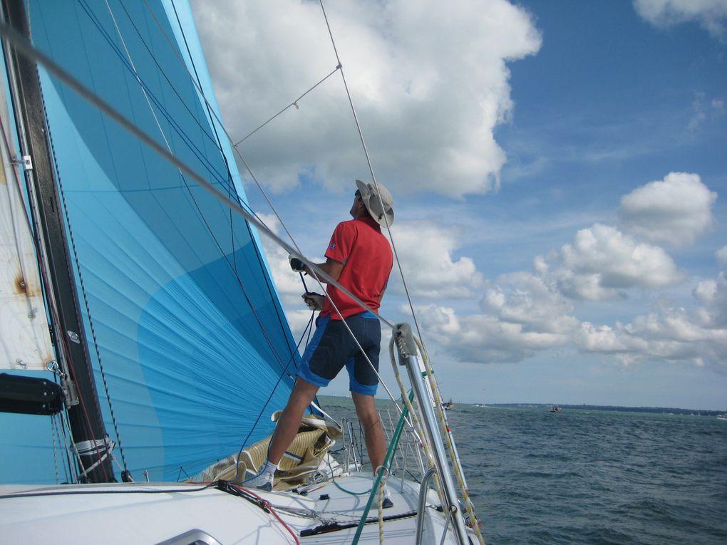 photos de Karen pour www.techneau-sailing.com + quelques clichés de Mike Jones pour BYM news
