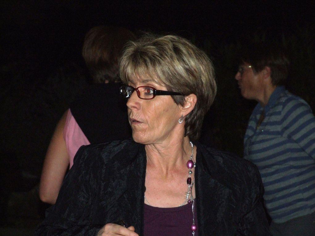 La soirée Nems organisée samedi 4 avril 2009.Merci Carle de nous avoir envoyé tes photos.Carle à dit :'Non seulement on s'est régalé, mais en plus l'ambiance était top'.