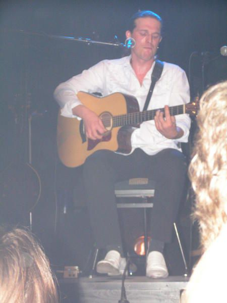 <p>Gullivan, premi&eacute&#x3B;re partie du concert des MoufMouf &agrave&#x3B; Saint LO le&nbsp&#x3B;09/12/2006</p>