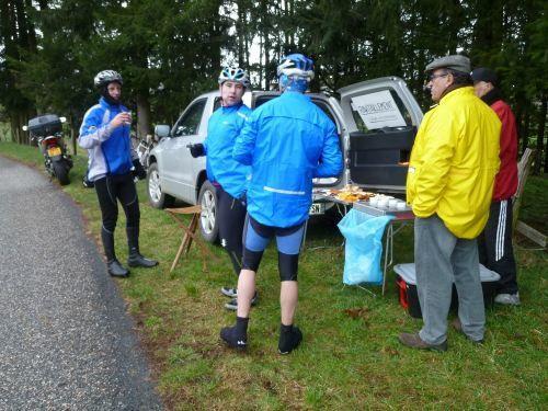le samedi 30 mars 2013, nous organisions notre traditionnel rallye cyclo, sous une météo chagrine mais auxquel ont néanmoins participé 64 courageux cyclotouristes, qu'ils en soient remerciés