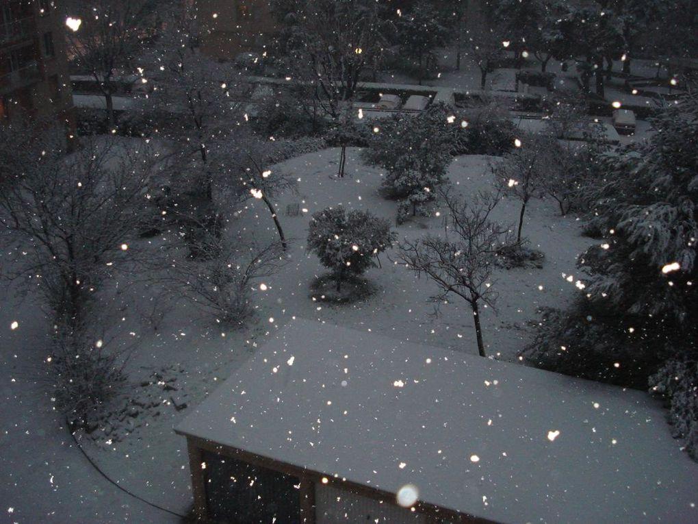 Exceptionnel, il a neigé abondamment sur Marseille!!