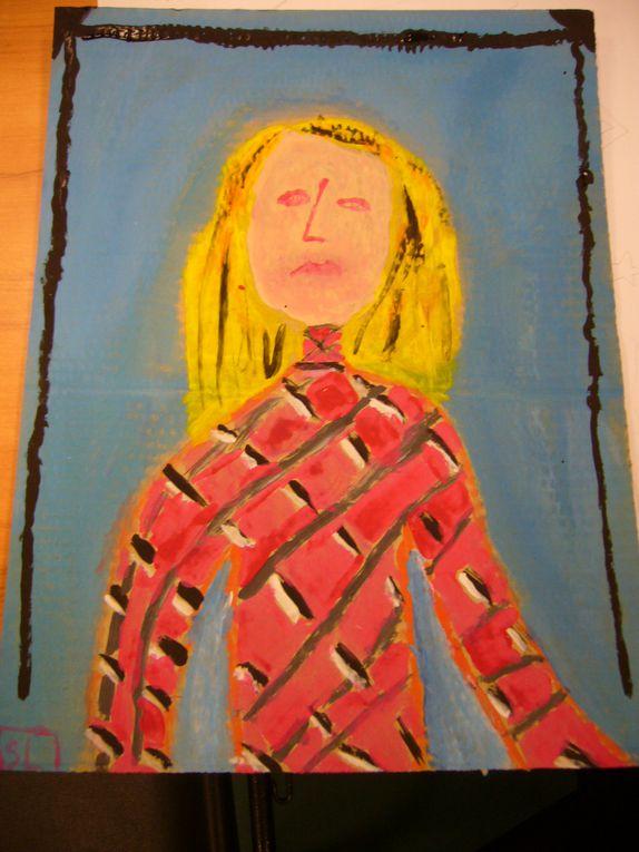 les enfants de l'école primaire de Rousson ont réalisé leur autoportrait sans miroir, à la manière de Picasso qui peignait ce que voyait son cœur...