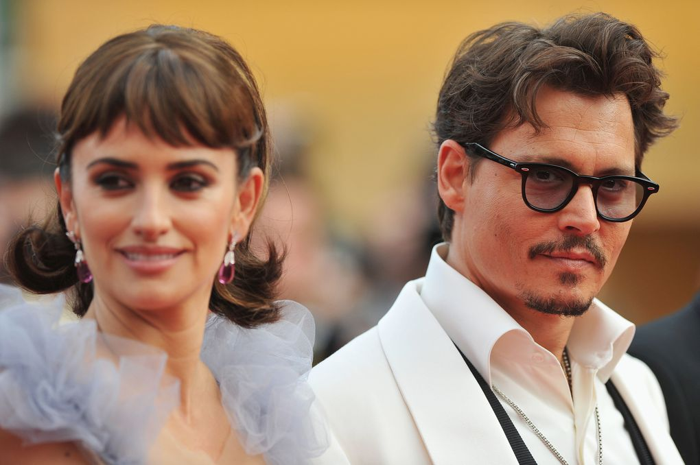 Pirates of the Caribbean: On Stranger Tides  > Cannes Film Festival  > Official Screening-Actors Penelope Cruz, director Rob Marshall, Sam Claflin, Astrid Berges-Frisbey, producer Jerry Bruckheimer, Geoffrey Rush, Johnny Depp, and Ian McShane on the