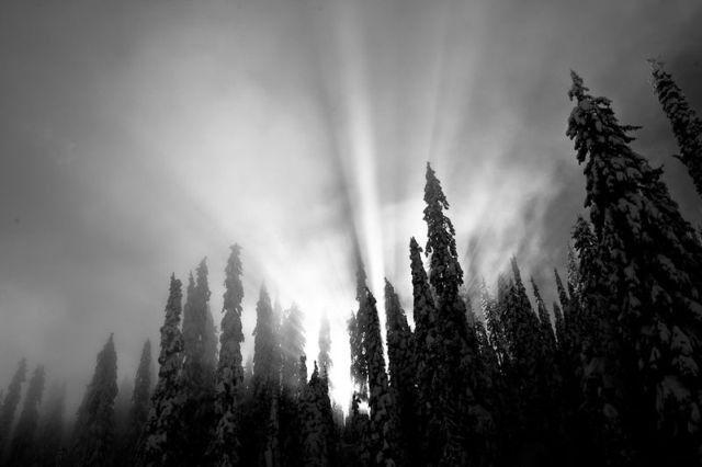 Découvrez ces superbes photos de la montagne prises à ski par Grant Gunderson