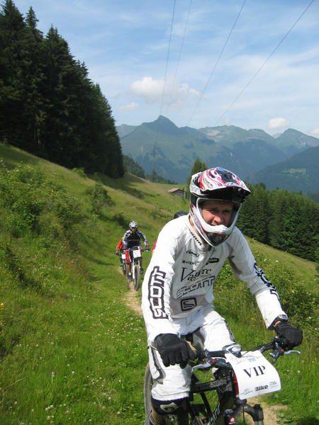<p>Stand MAGURA - Eurobike 2002 et 2003</p><p>Passportes 2007 - Les gets - Portes du Soleil</p>