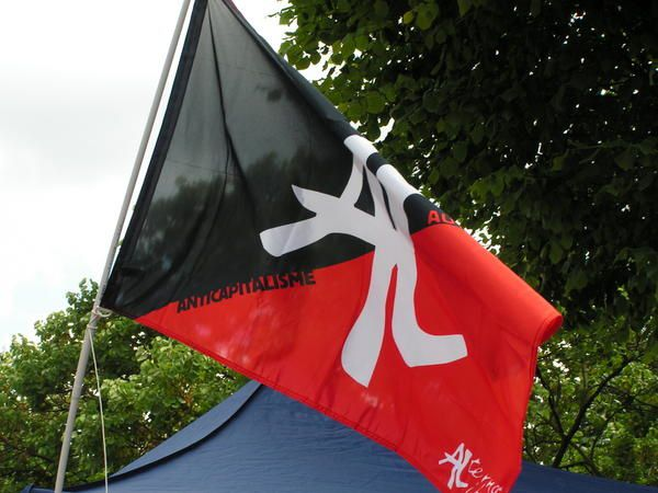 Quelques photos du stand d'Alternative libertaire à la fête de Noisy-le-Sec (22 juin 2008)