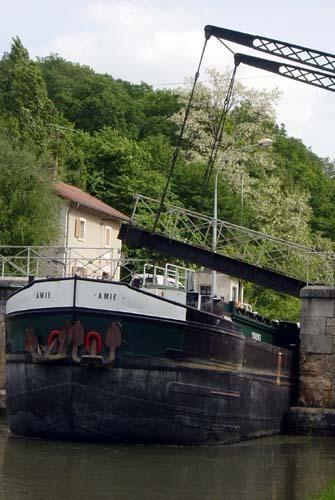Quelques photos du canal de Briare, du canal lat&eacute&#x3B;ral&nbsp&#x3B;et du canal d'Orl&eacute&#x3B;ans.