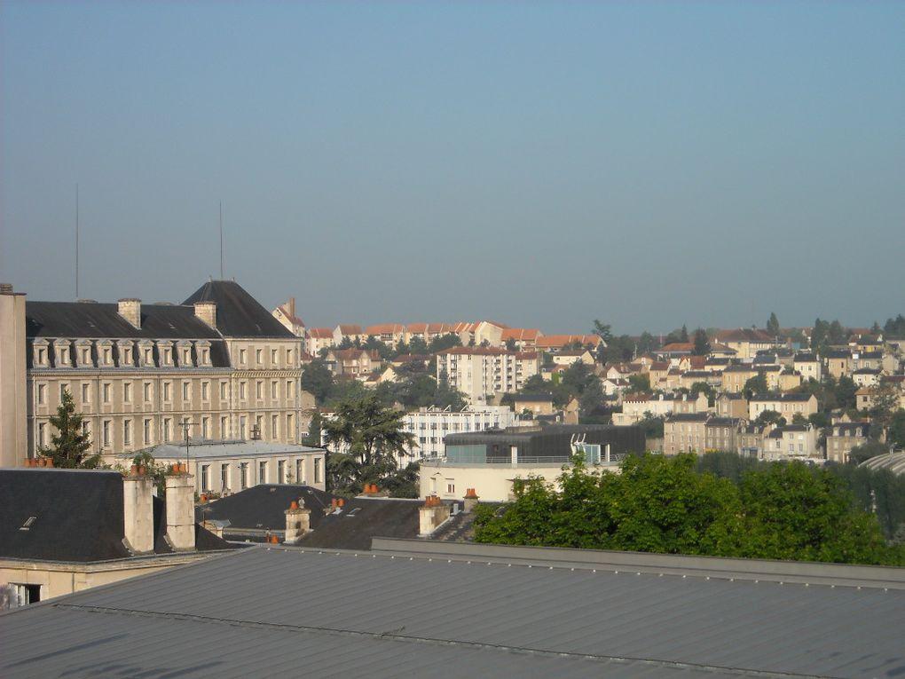 """Prague capitale magique de l'Europe , une ville magique par la présence de sa diversité culturelle , Prague la ville des artistes, des écrivains , des scientifiques , Prague """"la mère des villes"""" ...."""