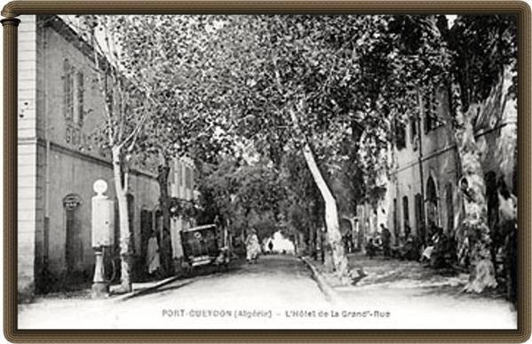 Vielles photos d'Azeffoun en noire et blanc datant de l'époque coloniale.