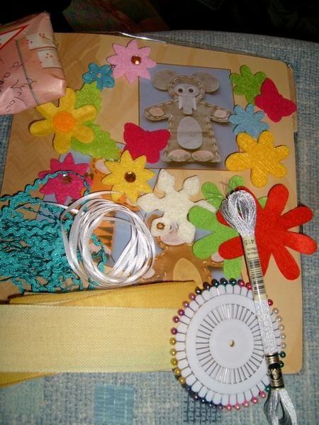 broderies, créations, kdo des copinettes ou papillon à l'occasion d'échanges ou sal