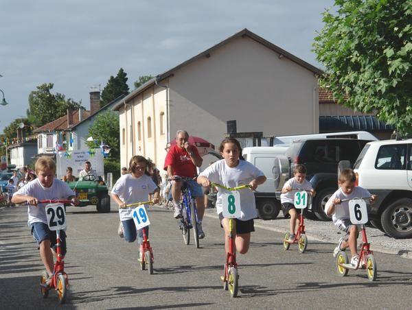 Album - fêtes du village 2008   .