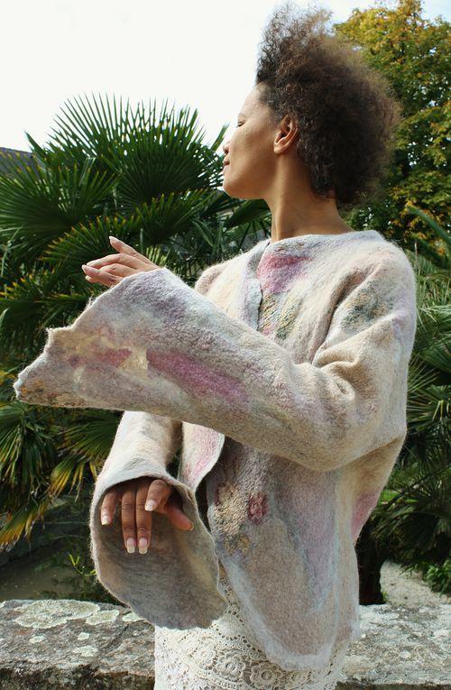 les toutes dernières créations de fibres et de couleurs... des bulles, et aussi du velours dévoré pour le coté chamarré...