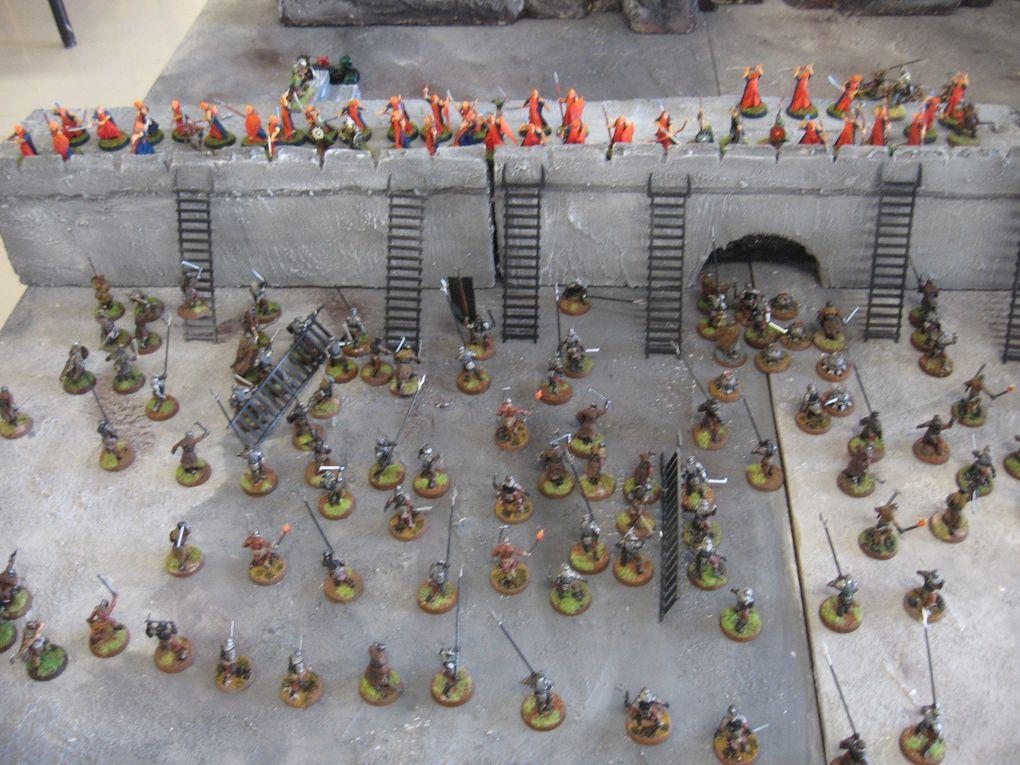 Reproduction du Gouffre de Helm suivant le jeu de figurines, seigneur des anneaux de GamesWorkshop !Avec Chien Sauvage, Antygone, Martin, Karl et Moi-même  :-)