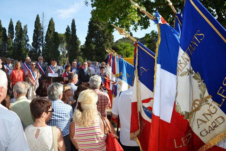 photos diverses des délégations de l'UGF en France et à Londres.