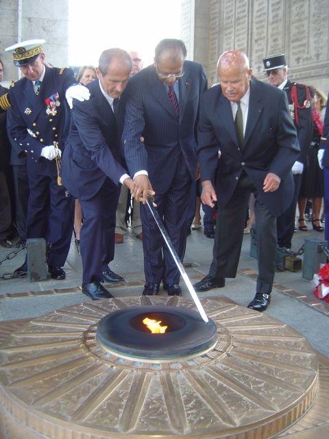 Commémoration du bicentenaire de la bataille de Grand Port par nos amis de la République de Maurice avec la participation active de l'UGF. Voir l'article détaillé du 31 août 2010 sur notre site.