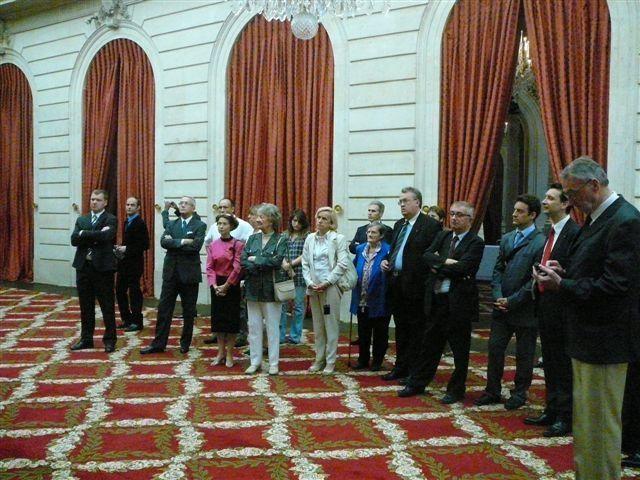Dans le cadre du 70èm anniversaire de l'Appel du 18 Juin, visite d'un groupe de l'UGF à l'Elysée. nous remercions le secrétaire général de la Présidence de la République ainsi que le commandement militaire.