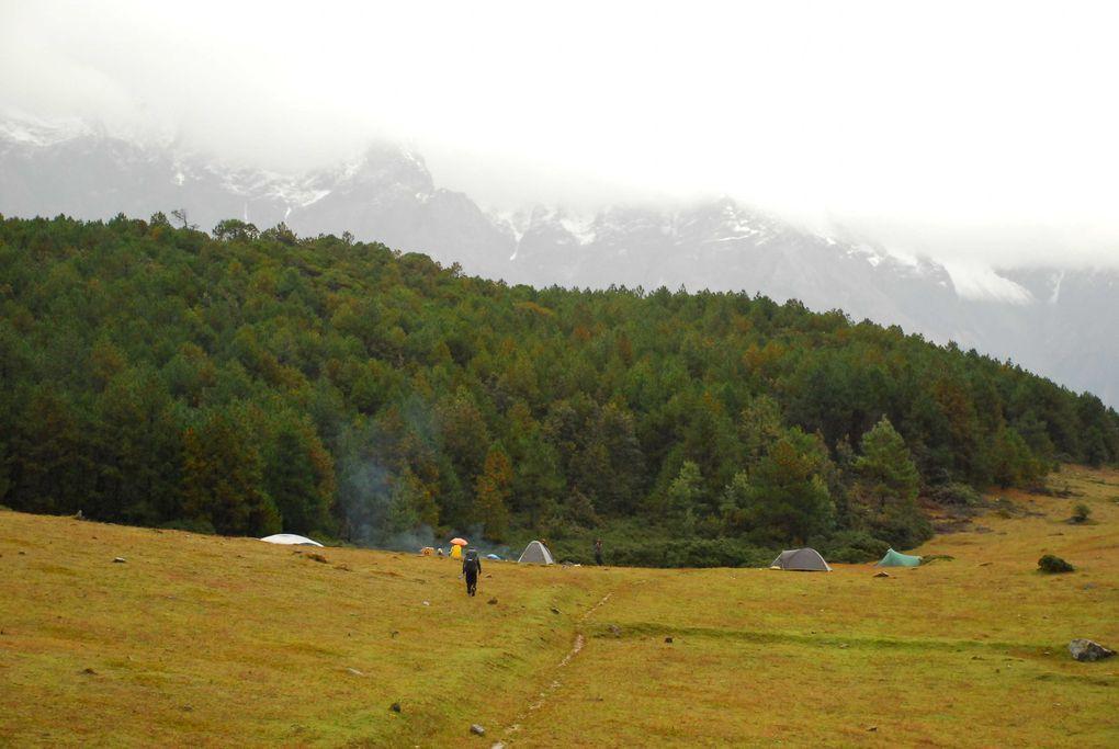 Yoga Kundalini et randonnée dans le Yunnan en Chine.