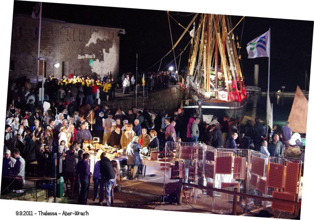 09.09.2011 - Le Bel Espoir est à quai et accueille l'équipe de Thalassa.