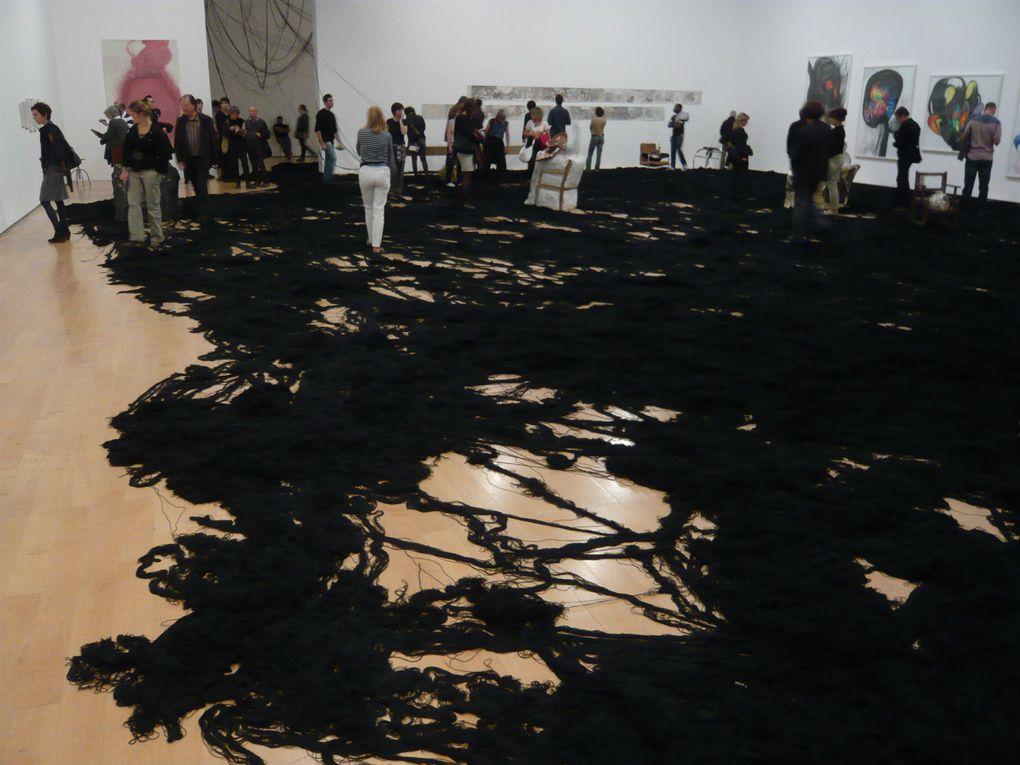 """X° Biennale d'Art Contemporain de Lyon :""""Le spectacle du quotidien"""" et autres images de la Confluence à Lyon"""