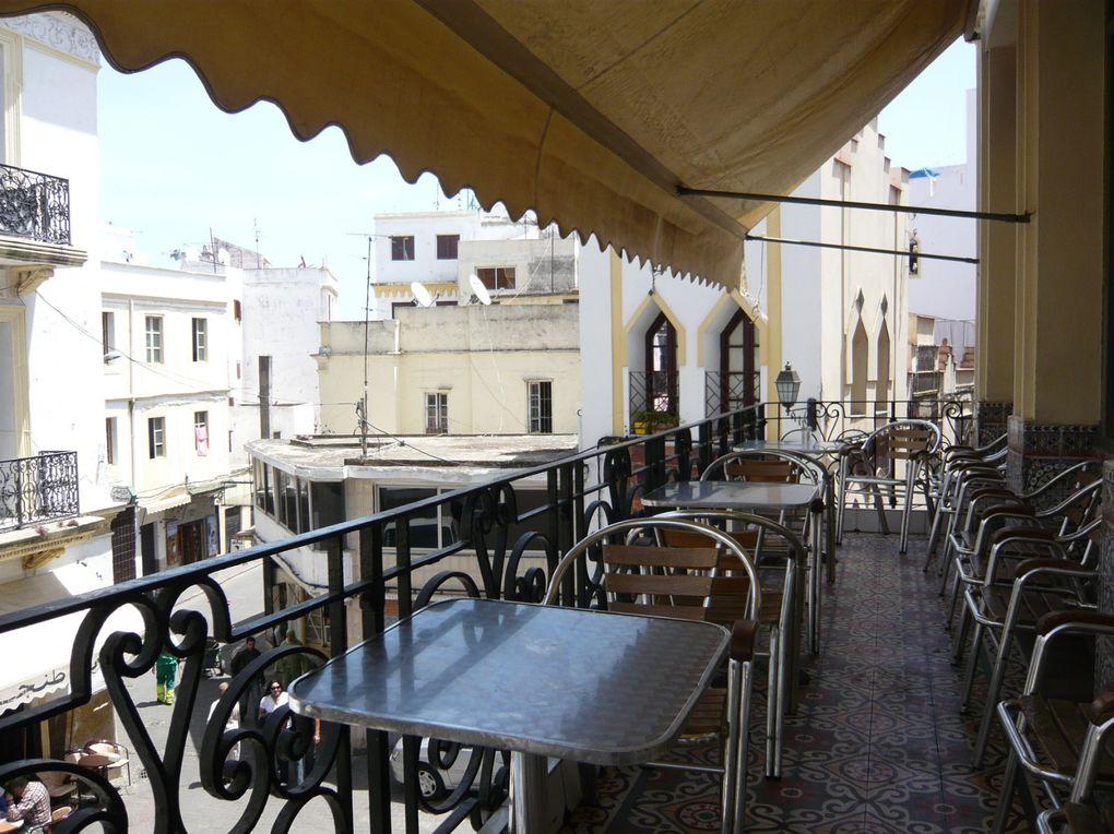 Images de Tanger : Medina, Casbah, Mosquée, ruelles, place, socco,souk, port de pêche, marché aux poissons, scènes de rue, lumières et couleurs de Tanger ...(C'est peut être là que je vais finir ma vie ...)