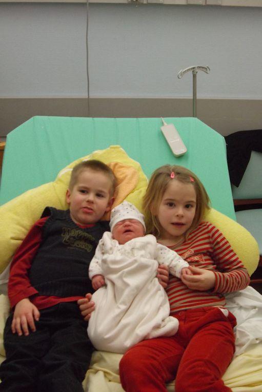 ici vous verrez quelques photos de ma petite famille,j'esssaie de mettre à jour le plus souvent possible pour voir l'évolution des petits lous