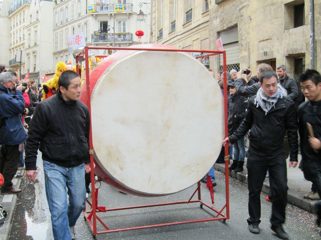 défilé chinois ce samedi 28 janvier 2012 avec départ de l'hôtel de ville et défilé rue du temple...