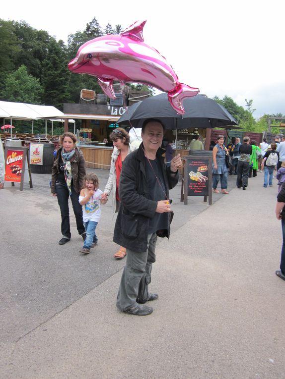 Sous la pluie...moins de monde ! juillet 2011