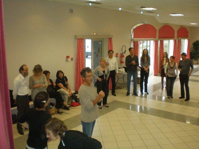 Stage d'automne avec une écoute musicale  dans la mesure et le rythme de la danse.