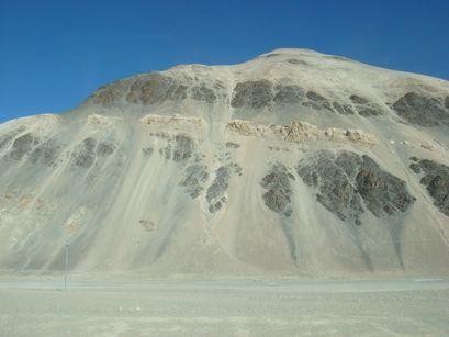 Voyage au travers du Tibet par la route, depuis le Népal.