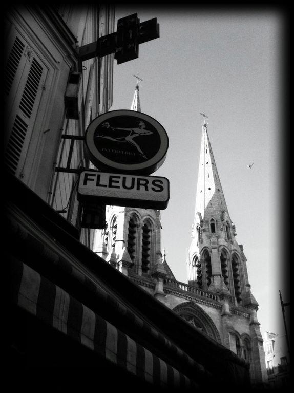 Photographies de façades, fenêtres, escaliers, reflets... tous ces petits détails urbains...