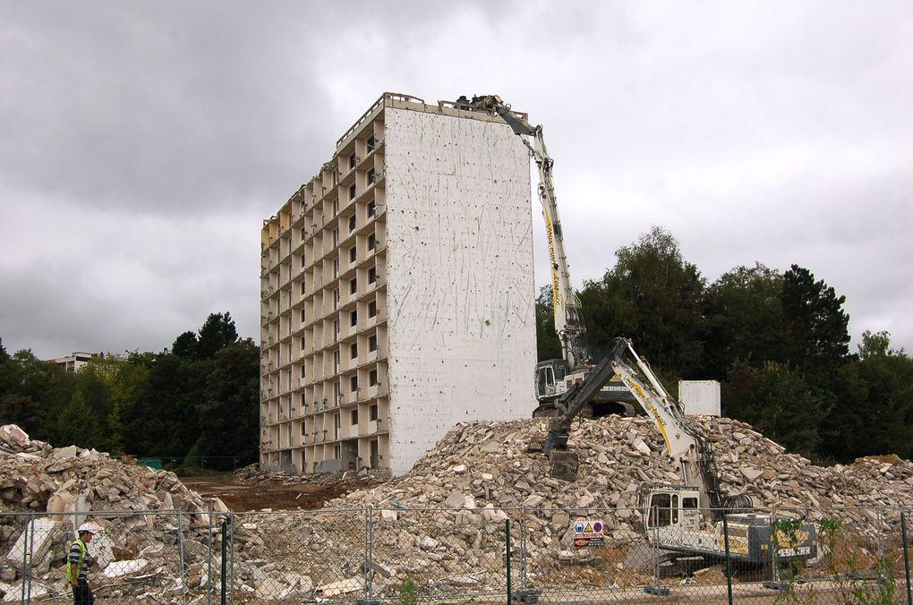 Démolition de la tour de Picardie, 11 août 2009