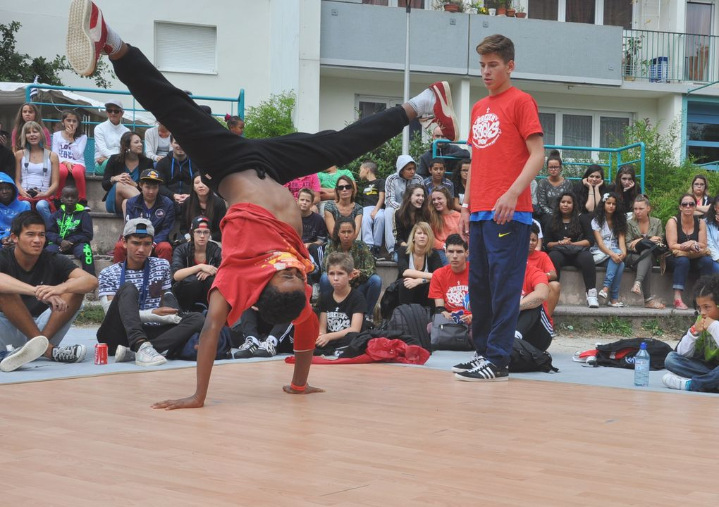 Block Party organisé par l'association Hip Hop New School de de Quimper, le 31 août, place d'Ecossse à Penhars.