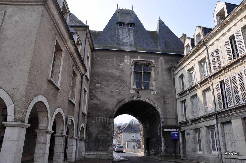 Rencontre entre blogueurs over-blog le 21 mars 2009 dans cette ville du Loir-et-Cher.Découverte de la ville en photos et descriptions.