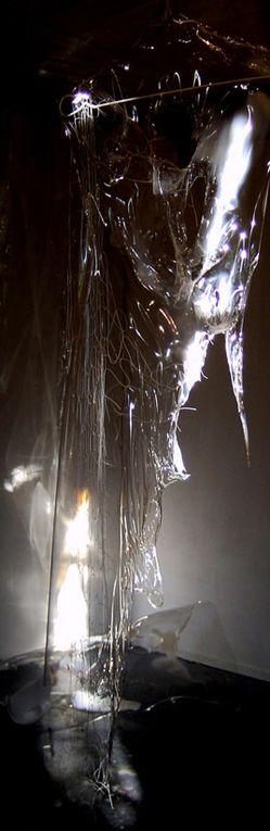 Travail photographique à partir de sculptures transparentes,exposé dans le cadre des portes ouvertes d'ateliers d'artistes.
